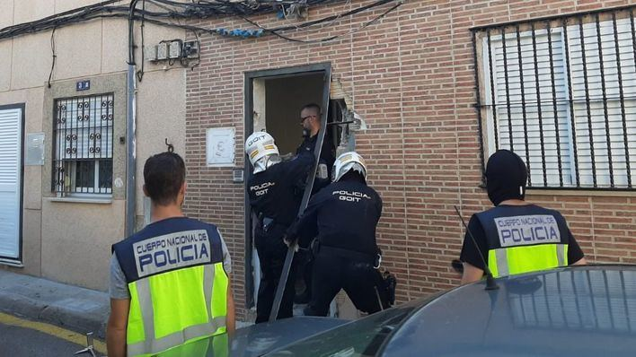 Seis detenidos en una redada contra el tráfico de drogas en La Soledat y Pere Garau