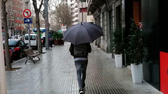 Viernes con lluvias ocasionales, tormenta y barro