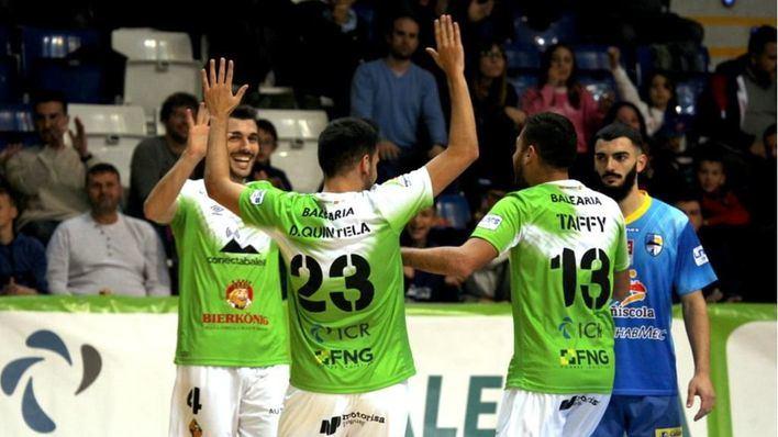 El Palma Futsal rinde homenaje a los sanitarios