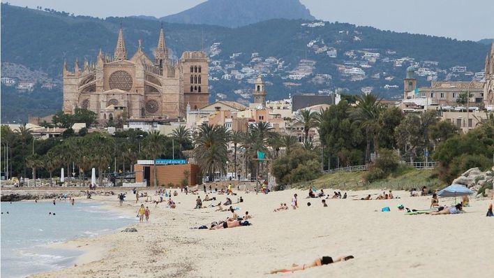 Fallece una mujer en la playa de Can Pere Antoni