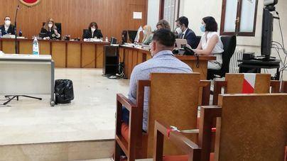 Acepta 11 años de cárcel por apuñalar a un menor en Artà