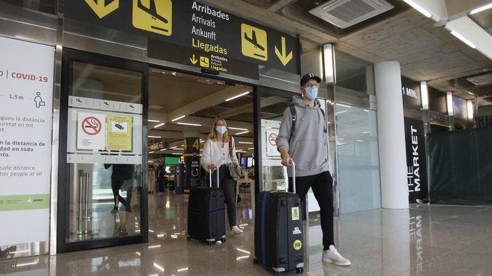 Los aeropuertos de Baleares estrenan la 'nueva normalidad' con 130 vuelos