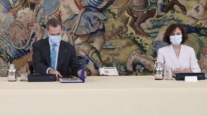 Calvo avisa que el Gobierno podría volver a decretar el estado de alarma si se agravan los brotes