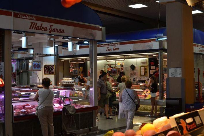 Mercados municipales de Palma: 'guerra interna' entre comerciantes y restauradores