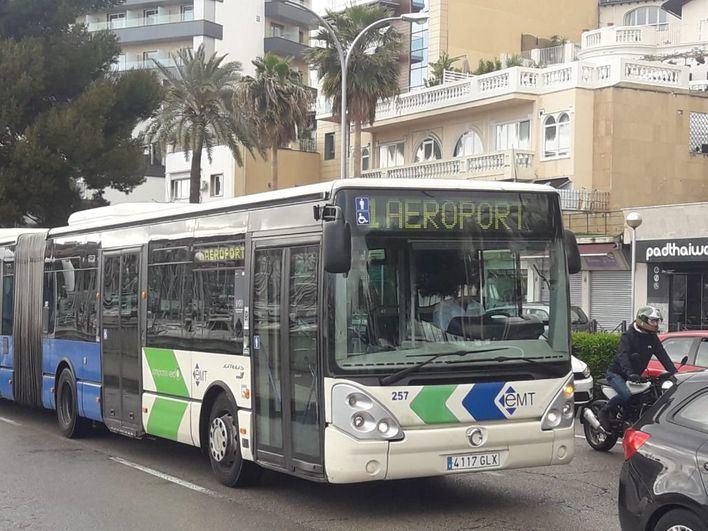 La EMT restablece el uso del 100 por cien de los asientos de los autobuses