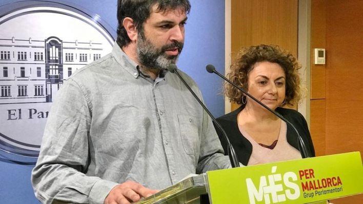 Més dice que la visita de los Reyes a Mallorca es un 'lavado de cara ante los escándalos'