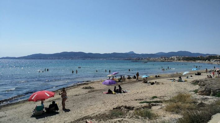 Prueban en Ciutat Jardí un sistema de control de aforo en playas