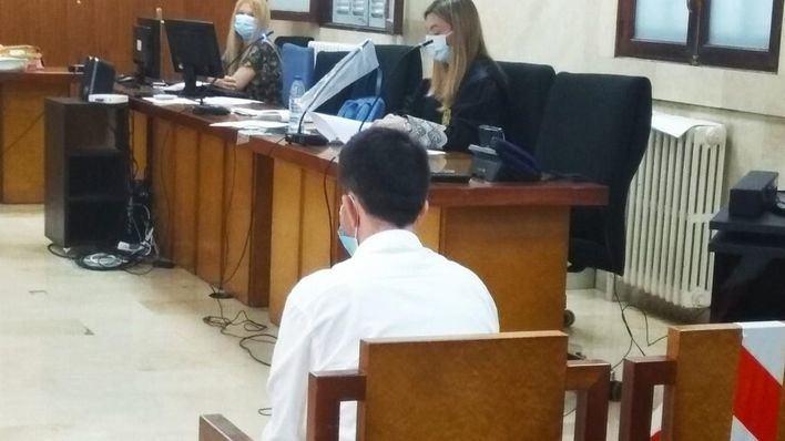 Acepta dos años de cárcel por abusar de su sobrina de 13 años en Palma