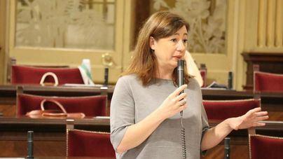 Armengol defiende que 'hay que proteger' el catalán como lengua propia de Baleares