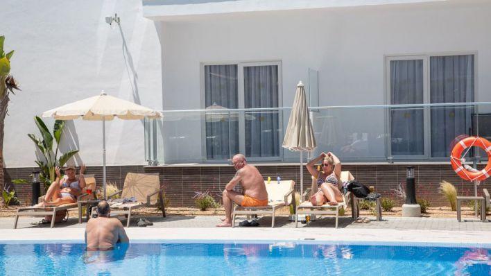 Mallorca abrirá un tercio de hoteles en julio, a la espera de más enlaces aéreos