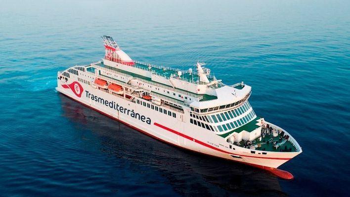 Trasmediterránea conecta Menorca y Barcelona durante los meses de julio y agosto