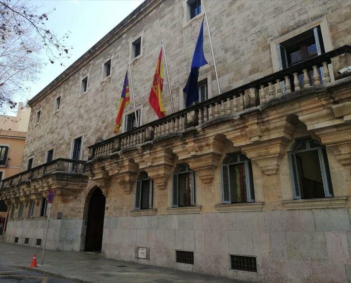 Solicitan 12 años de cárcel para un hombre por intentar matar a su mujer en Palma