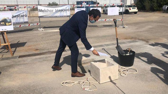 Ponen la primera piedra de la futura cochera de buses TIB en Inca
