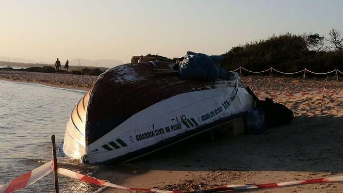 Dos migrantes llegados en patera a Formentera dan positivo en coronavirus