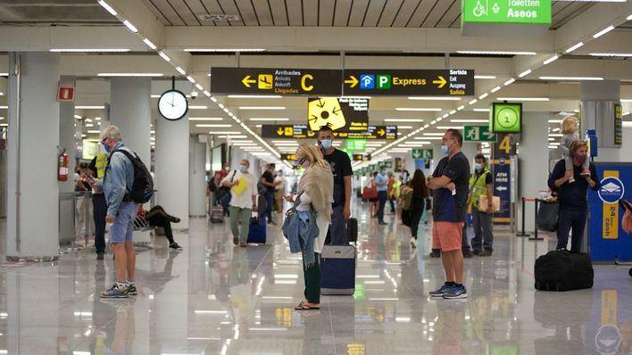 Los aeropuertos de Baleares operan 443 vuelos este viernes