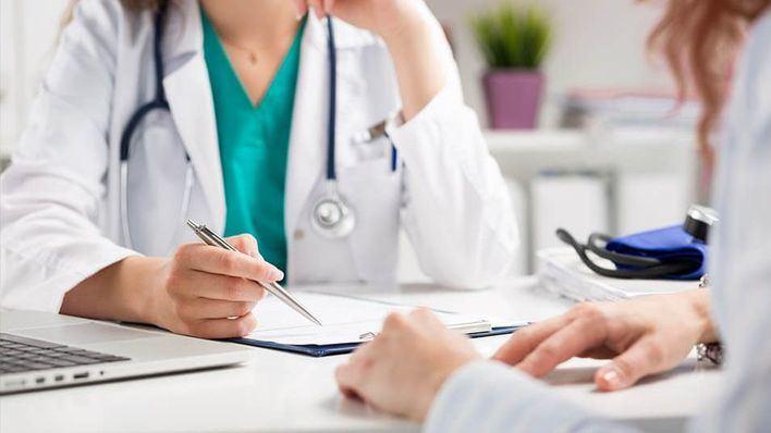 Un 23 por ciento de enfermos crónicos con síntomas de coronavirus no fue al médico por miedo