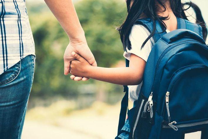 IB Familia denuncia 'discriminación' por la falta de ayudas a la escuela concertada
