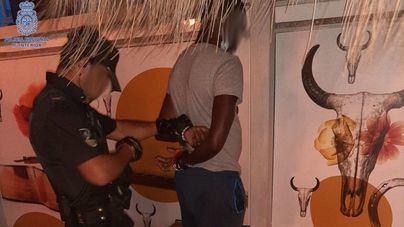 Cazado cuando iba a vender drogas a un turista en s'Arenal