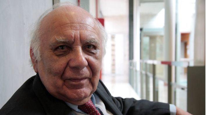 Muere en Palma, a los 91 años, el periodista y escritor peruano 'Coco' Meneses
