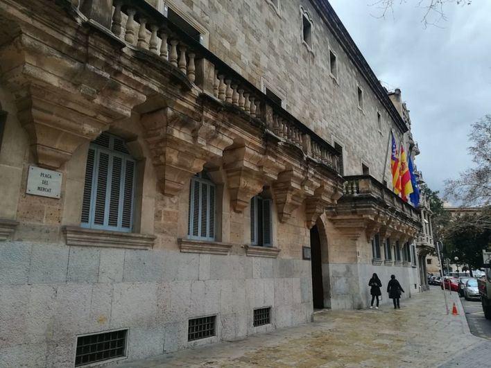 Piden 4 años de cárcel a un hombre acusado de abusar sexualmente de su hija menor de edad en Palma