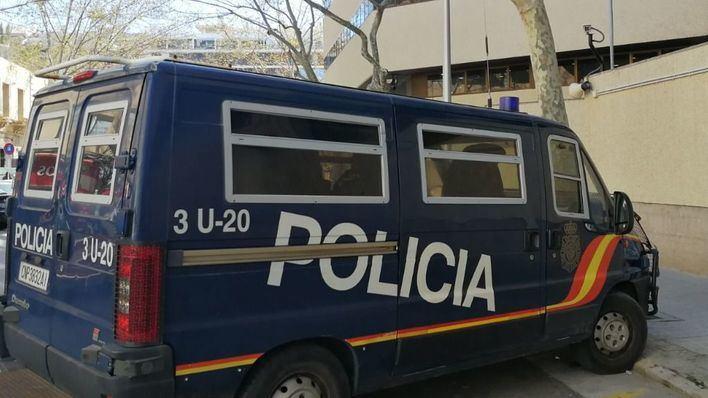 Riña en un bar de Pere Garau: detenido por romperle una botella en la cabeza a otro