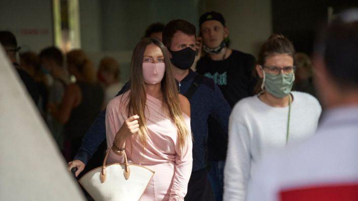 Multas de hasta cien euros para quien no lleve mascarilla en espacios públicos de Baleares