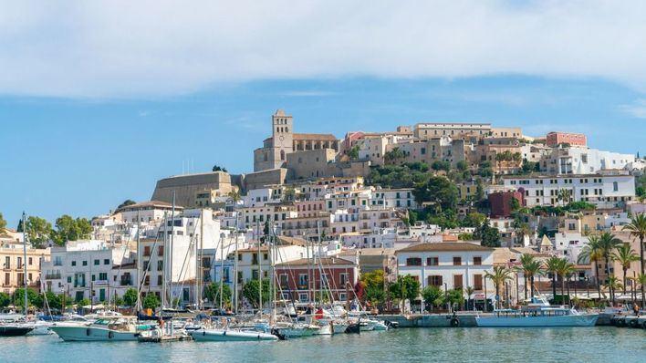 Denunciados dos locales de ocio de Ibiza por incumplir el horario de cierre