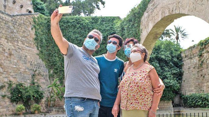 OCU pide mascarillas gratuitas, al menos, para los más vulnerables