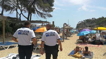 Los municipios costeros, desconcertados ante los excesos de aforo en sus playas
