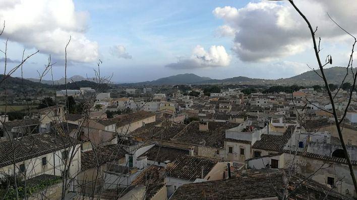 Ligero descenso de temperaturas y posibilidad de tormentas en Baleares