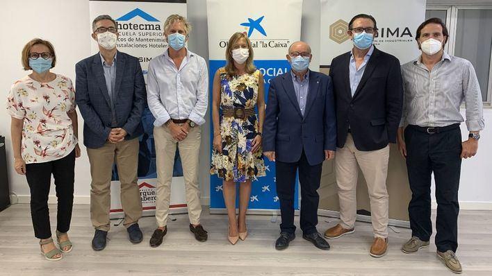 CaixaBank y Asima unidos para ayudar a 25 jóvenes vulnerables de Mallorca en el sector de la hostelería
