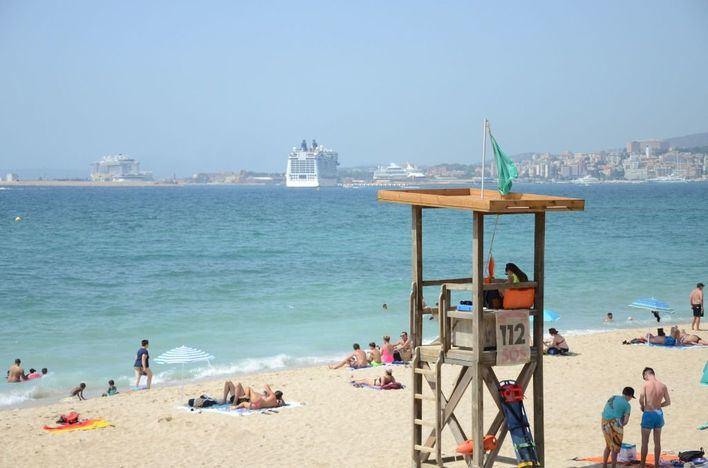 Cort reabre las playas de Can Pere Antoni y Ciudad Jardín cerradas por vertidos fecales