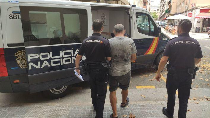 A prisión un hombre de 64 años acusado de provocar nueve incendios en contenedores y solares de Palma