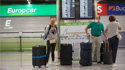Los españoles eligen viajes cortos, seguros y con cancelación gratuita