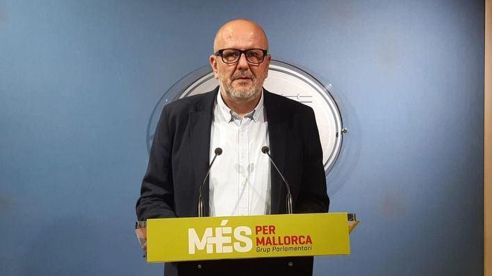 Més reclama controles a los pasajeros que lleguen a Baleares y que los paguen AENA y el Estado