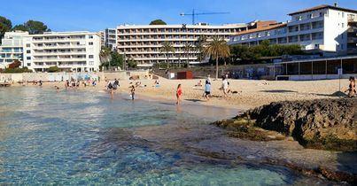 Caen un 99% las pernoctaciones hoteleras en Baleares