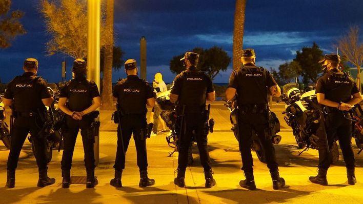 445 actas y 730 identificaciones por hacer botellón en Palma en plena pandemia