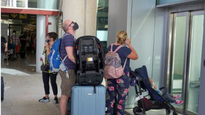 Los vuelos se reducen un 70 por ciento respecto al verano pasado