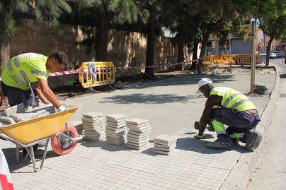 Cort inicia las obras de mejora de la calzada en varias calles del Vivero