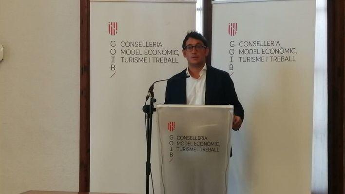 Negueruela afirma que la cuarentena en el Reino Unido es una 'decisión política'