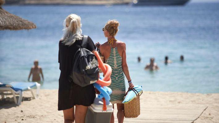 Exteriores inicia una campaña para dar a conocer los buenos datos sanitarios de las zonas turísticas