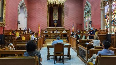 El Consell reduce la tarifa de residuos y aprueba el nuevo organigrama laboral