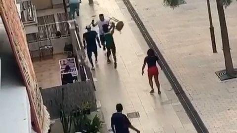 Tres detenidos por una reyerta en Cala Millor con cuchillos y un taburete