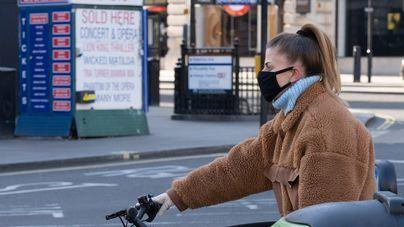 El coronavirus se aceleró en marzo en Reino Unido por no imponer cuarentena a los viajeros