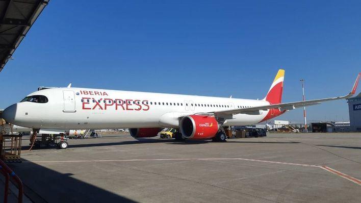 Iberia Express duplica su oferta con Canarias y Baleares la primera quincena de agosto