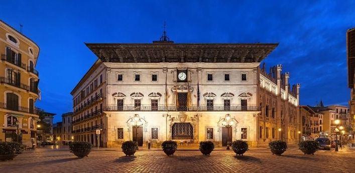 Vox Palma critica que Cort invierta 150.000 euros en la compra de obras de arte
