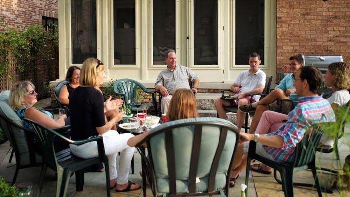 El 60,7 por ciento de encuestados, a favor de limitar el número de personas en reuniones familiares
