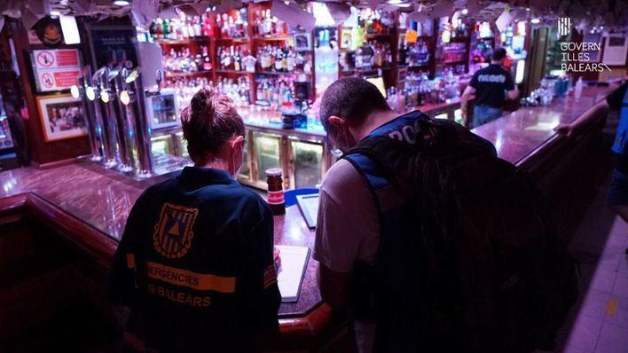 La campaña de vigilancia del coronavirus en Baleares levanta 201 actas de infracción en un mes
