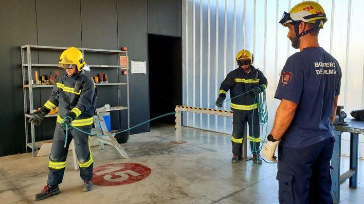 Arrancan las obras para aplicar el protocolo de descontaminación en la sede de Bombers de Palma