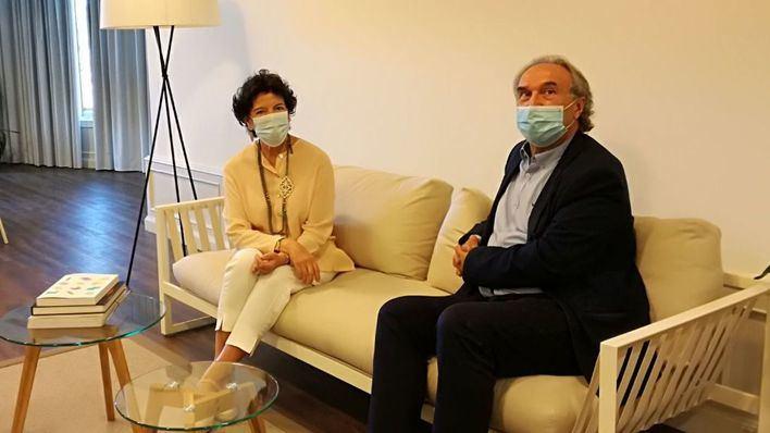 March discute con Celaá los protocolos educativos por el coronavirus